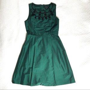 Tahari forest green jeweled size 6